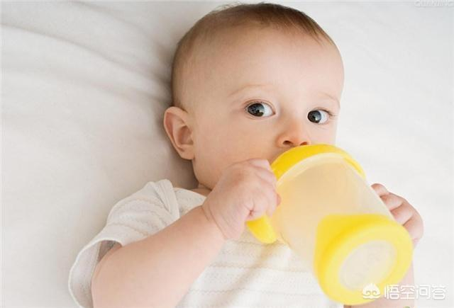 新生兒在月子裡可以喂白開水嗎?