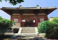 五臺山南禪寺被掏空腹部的菩薩