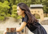 她九年前曾給鄭爽作配,九年後在《青春鬥》中再次當配角