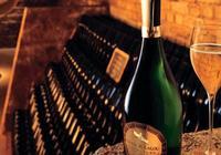 瑪姆香檳發佈2002年份的拉露特釀香檳