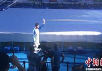 孫楊、羅雪娟出席杭州短池世錦賽開幕式