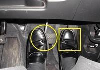 兩隻腳同時把剎車和油門踩死會怎麼樣