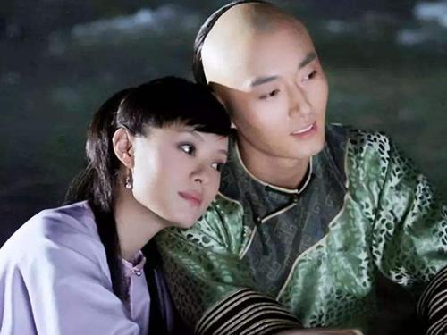 歷史上真實的果郡王,不愛甄嬛,更不愛浣碧,真正愛的只有她