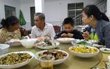 湛江歡樂行:海邊人家,待客的特色海鮮大餐,相信許多人沒食過
