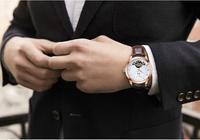 精緻百搭型男手錶,白色的錶盤才清爽迷人