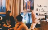 歐冠半決賽巴塞羅那被利物浦淘汰,賽後歌手甦醒砸了電視機