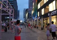 大街上一些門市平時看著冷冷清清沒有生意,但是一直開著不倒閉,這裡面有什麼套路嗎?