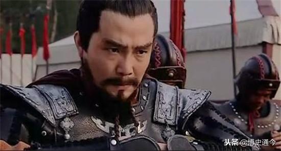 朱元璋派太子視察,差點被扔到河裡,朱元璋:太子真像朕!