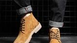 90後男人,冬天可別穿運動鞋!酷帥的馬丁靴,讓你MAN味十足