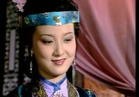王熙鳳、尤三姐和夏金桂互撕,誰的戰鬥力更強?