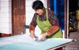 傳統藕粉製作一刀刀切,幾十年磨掉半把刀面,這才是正宗西湖藕粉