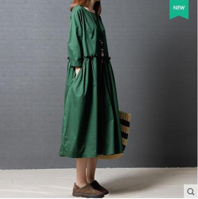 連衣裙女裝2017新款中長款a字裙大碼收腰復古印花裙