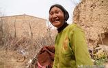 有3個兒子的農村78歲老人,堅守老院子不離開,看她生活成啥樣