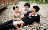 曾連續6年執導央視戲曲春晚,對癱瘓妻子不離不棄感動中國!