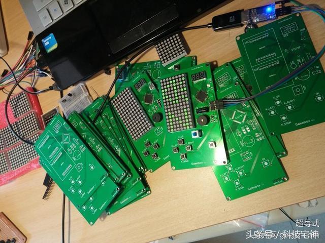 精品DIY 附源碼Gamebox 復古掌上像素遊戲機,童年記憶