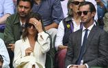 凱特王妃的妹妹妹皮帕·米德爾頓與新婚丈夫觀看溫布爾登比賽,兩人牽手非常恩愛