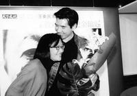 與費翔青梅竹馬,三個月婚姻成笑柄,42歲生女至今單身!