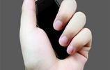 """再見了,大屏!深圳造的""""袖珍手機走紅,顏值逆天,拿在手倍有面"""