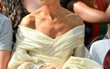 席琳·迪翁和佩佩·穆諾茲出席巴黎時裝週場景圖