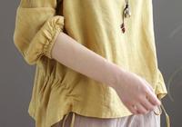 """微胖女人,別穿一身黑!試試這""""棉麻衫"""",洋氣遮肚顯瘦美"""