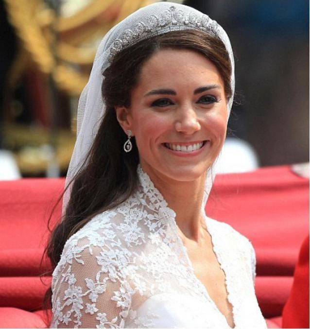 伊麗莎白二世:最有錢的老太太