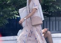 凱特王妃妹妹扮嫩失敗!穿粉裙素顏出街顯老,富太太怎麼不打扮?