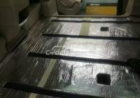 別克GL8改裝柚木地板效果,追求舒適生活