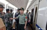 新兵在火車站感嘆:依法優先,讓我感受軍人榮光!