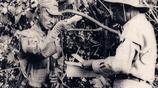 直擊二戰最後一名投降日軍:圖9他受總統接見,圖15警察為他開路