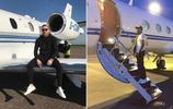 梅威瑟VS麥戈雷格的第二回合:炫錢、炫車、炫飛機和炫炫炫