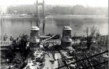 蘇軍攻進布達佩斯,發現人幾乎被德軍殺光,橋也被全部炸斷