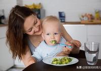 """訓練寶寶的咀嚼能力,家長常犯這些""""錯"""",對照看看你中招了嗎?"""