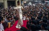 老照片再現1985年的中國城市街頭,熟悉的場景彷彿就在昨天