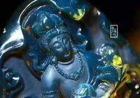 會呼吸的多米尼加藍珀,極品天空藍:普賢菩薩雕件品鑑