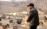 山西繼喬家大院後,又發現山中一片古建群,無人機拍的像布達拉宮