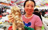 積米崖海鮮市場淘海鮮 一盆光魚20元 10元以下海鮮盡情買