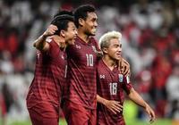 比國足還慘,泰國男足連續遭遇重大打擊,為擊敗中國開出天價獎勵