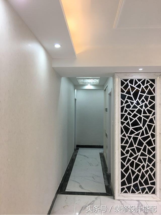 新房硬裝結束,打掃完開了燈看效果,櫃子和地磚真是美得沒話說