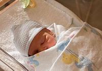 寶寶哄睡難,容易醒,這幾個小月齡寶寶的哄睡技巧,推薦給你