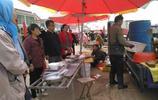 蘇北農村集上,三塊錢一斤的魚經過簡單加工賣價翻三倍多