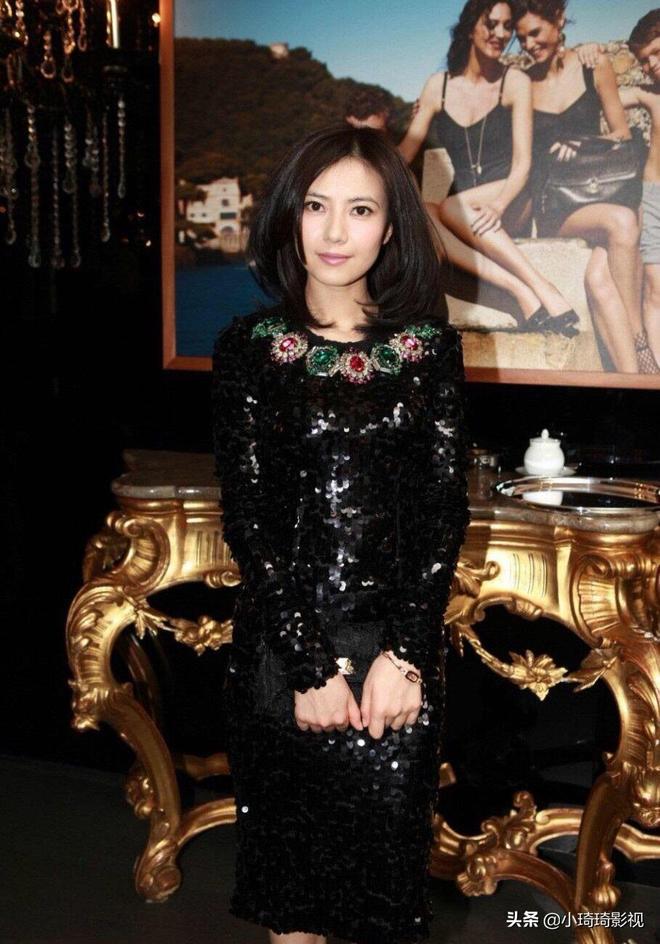 女神高圓圓,黑色禮服彰顯優雅氣質