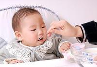 """寶寶吃""""湯泡飯""""怎麼樣?-3861母嬰"""