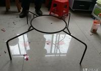 在廣西看到的桌子在農村太實用了,回家馬上到市場上買一個