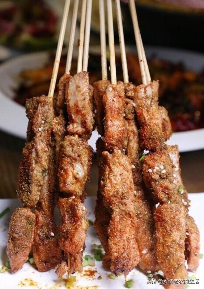 閨蜜6人吃辣椒盆魚,配8道四川硬菜,一人60多太划算了吧