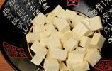 豆腐別總煮著吃了,不炒,不炸,加2個雞蛋,超級下飯又解饞