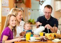 沒長牙也能吃,適合10個月以上寶寶訓練咀嚼的3道輔食