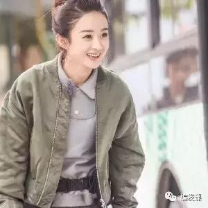 迪麗熱巴,趙麗穎2017最流行的編髮髮型看她倆就行了!