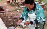 誰說美食生意不掙錢?農村人賣水煎包月入4萬,竅門在哪裡?