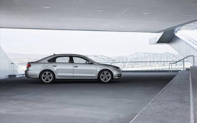 豪車展覽:席捲全球的大眾帕薩特汽車圖集