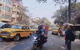 實拍印度第3大城市的街景,曾為英屬印度首都,不如國內5線城市